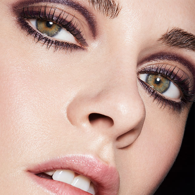 a02e3faa1a Kristen Stewart casts her fiercest gaze yet for Chanel's new Eyes ...